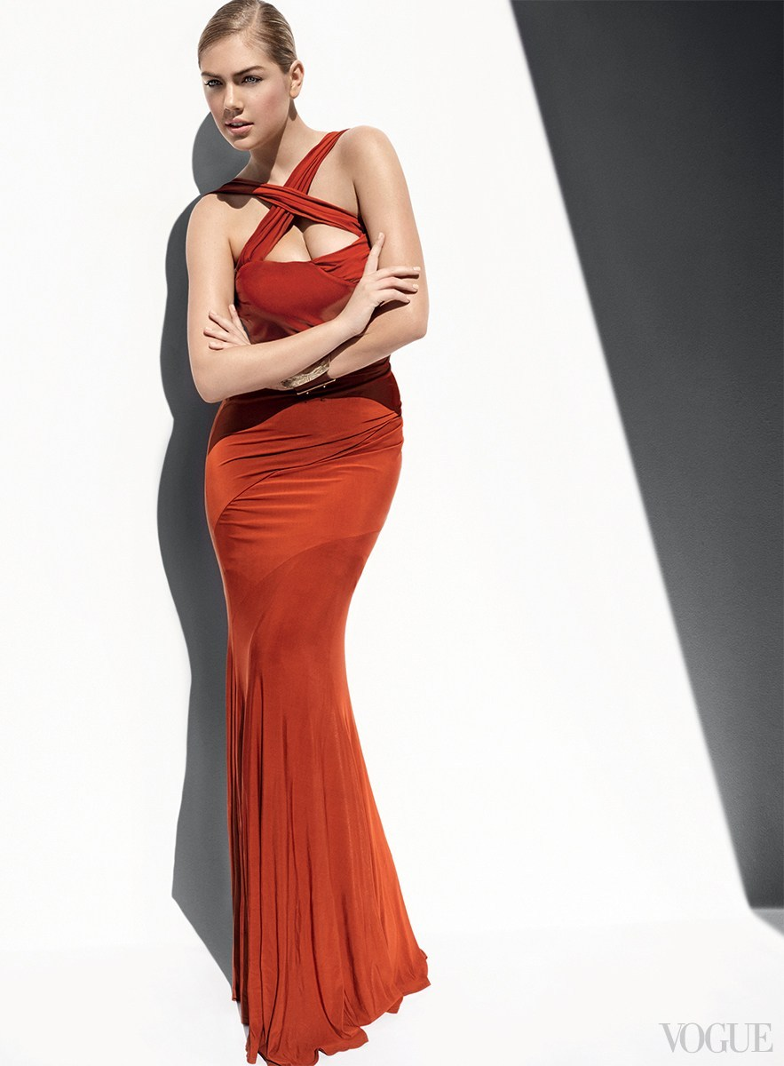 近日,超模凯特阿普顿为美国版《VOGUE》4月号拍摄了 ...