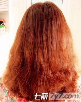 红色发型素材女