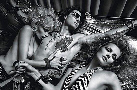 """王力宏/""""阿汤哥""""率先登上美国时尚杂志《W》6月版的封面..."""