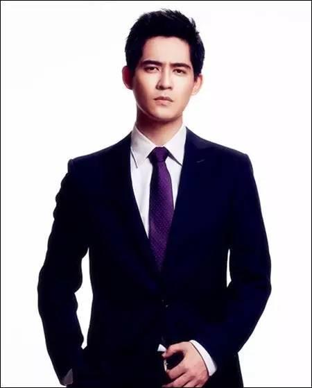 藏青色的西藏配什么领带_解锁新技能 男装搭配的18条黄金定律 - 中国日报网